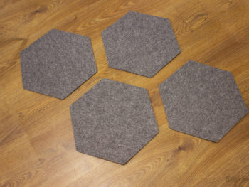 Vier untersetzer aus Filz Hexagon